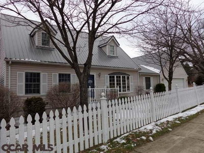 Single Family Home Sold: 104 Farmstead Lane
