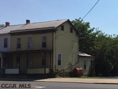 Single Family Home For Sale: 306 Valley Street