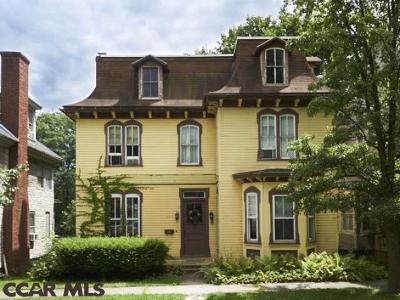 Single Family Home For Sale: 224 Linn Street W