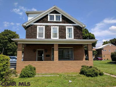 Single Family Home For Sale: 210 Centre Street N