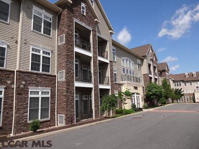 State College Condo/Townhouse For Sale: 200 Jefferson Avenue #216