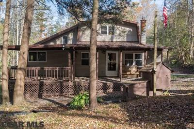 Single Family Home For Sale: 6813 Penns Valley Road