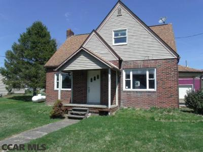 Beech Creek PA Single Family Home For Sale: $104,900
