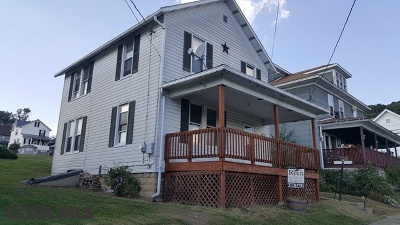 Single Family Home For Sale: 319 Hopkins Street