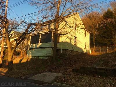 Single Family Home For Sale: 324 4th Street S