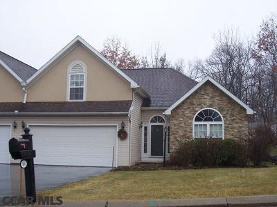 State College PA Condo/Townhouse For Sale: $303,000
