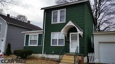 Single Family Home For Sale: 223 N 4th Street