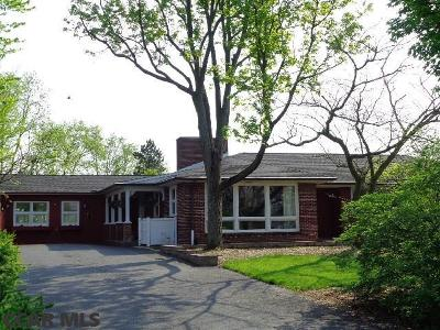 Single Family Home Sold: 27 Mohawk Road