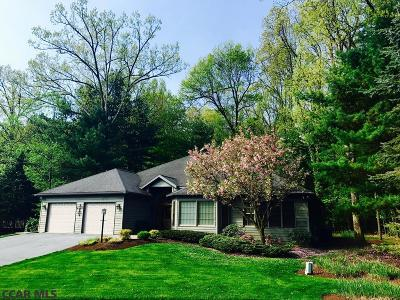 State College Single Family Home For Sale: 2472 Pine Hurst Court