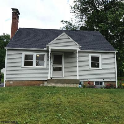 State College PA Single Family Home For Sale: $250,000