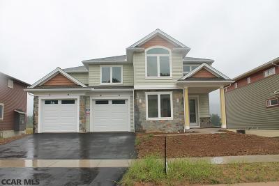 Single Family Home For Sale: 194 Derek Drive