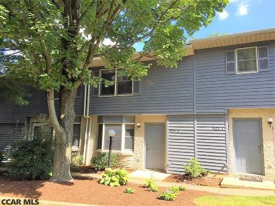 Condo/Townhouse For Sale: 923-2 W Whitehall Road