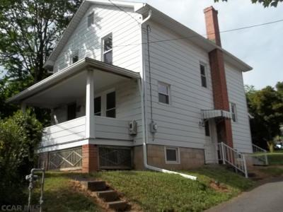 Single Family Home Sold: 18-20 Knepp Avenue