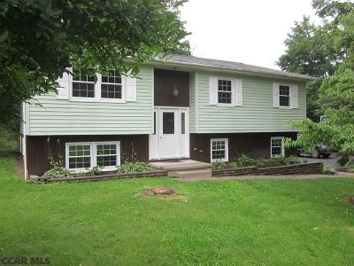 Port Matilda PA Single Family Home For Sale: $275,000