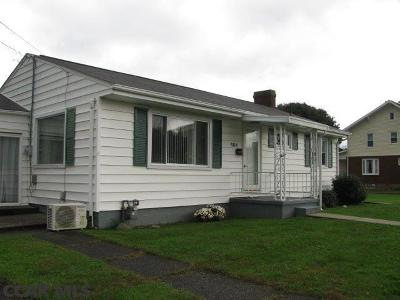 Single Family Home For Sale: 504 Lowther Street
