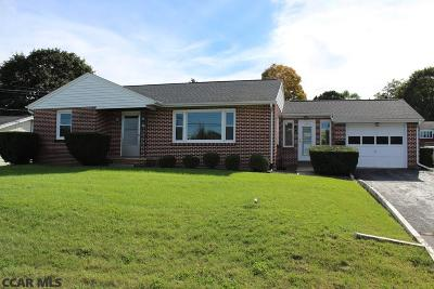 Single Family Home For Sale: 1202 Zion Road