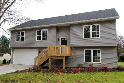 State College Single Family Home For Sale: 124 Cardinal Lane