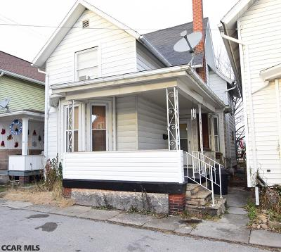 Single Family Home For Sale: 8 Cottage Street W