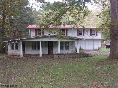Mifflin County Single Family Home For Sale: 659 Jacks Creek Road