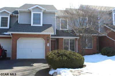 Condo/Townhouse Pending: 1460 Blue Course Drive