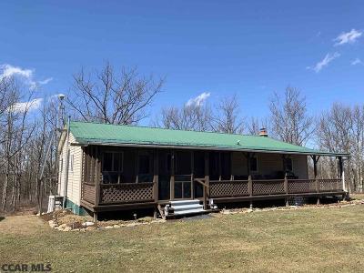 Centre County Single Family Home For Sale: 749 Hicklen Ridge Road