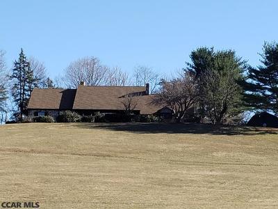 Single Family Home For Sale: 1290 Arbutus Drive