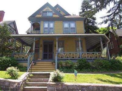 Bellefonte Single Family Home For Sale: 166 Linn Street E