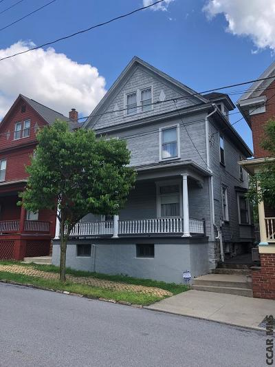 Single Family Home For Sale: 510 N Montgomery Street