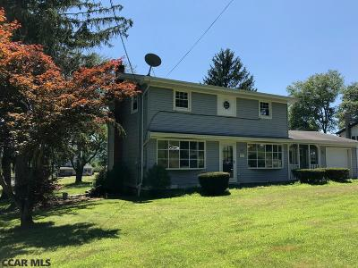 Single Family Home For Sale: 220 Fairpoint Road