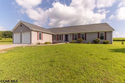Single Family Home For Sale: 5409 Champaign Lane