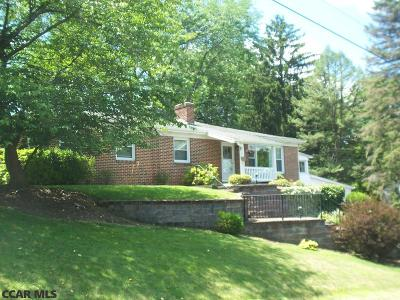 Centre County Single Family Home For Sale: 134 Oakwood Drive