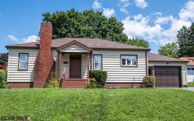 Single Family Home For Sale: 1305 W 4th Street