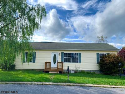 State College PA Single Family Home For Sale: $209,900