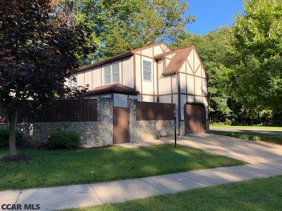 Single Family Home For Sale: 104 Westminster Court