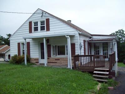 Mifflin County Single Family Home For Sale: 4657 Sr103n