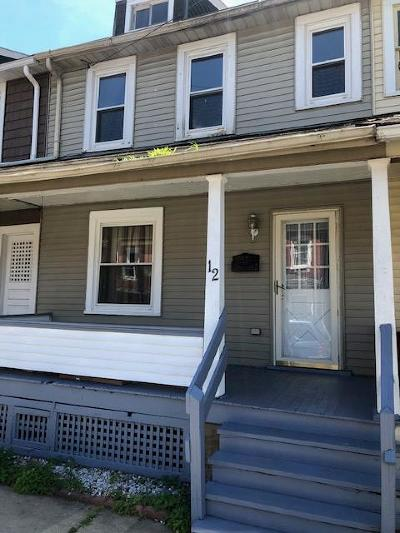 Lewistown Single Family Home For Sale: 12 Montgomery Ave