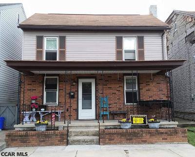 Lewistown Single Family Home For Sale: 7 Chestnut Street Extension