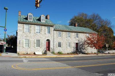 Carlisle Multi Family Home For Sale: 3 N East Street