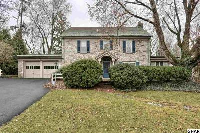 Hershey Single Family Home For Sale: 354 E Chocolate Ave.