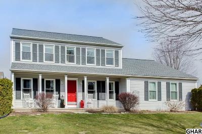 Hummelstown Single Family Home For Sale: 974 Kings Way W