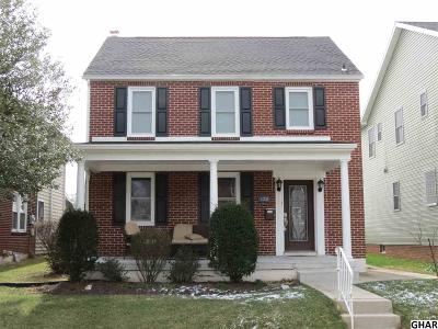 Hershey Single Family Home For Sale: 130 W Granada Ave