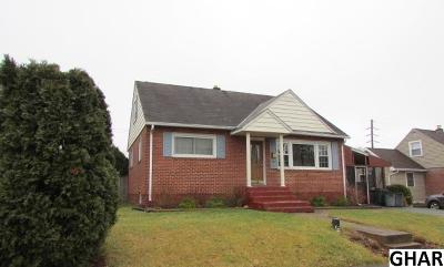 Middletown Single Family Home For Sale: 220 E Roosevelt Ave