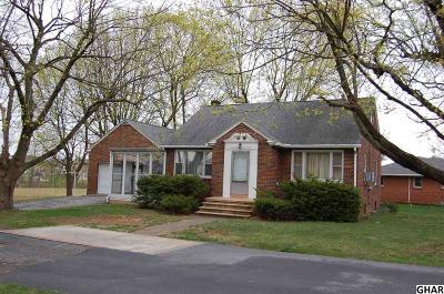Palmyra Single Family Home For Sale: 199-215 Lyndel Drive