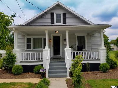 Hershey Single Family Home For Sale: 1527 E Caracas Ave