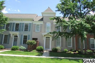 Mechanicsburg Single Family Home For Sale: 14 Devonshire Square