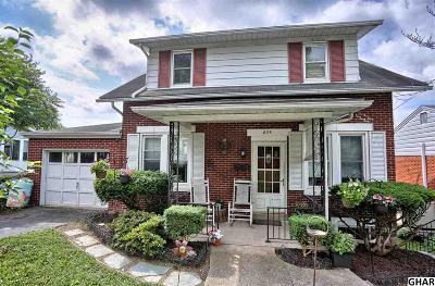 Lemoyne Single Family Home For Sale: 826 Pennsylvania Ave