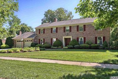 Hershey Single Family Home For Sale: 1070 W Areba Avenue