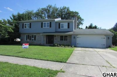 Mechanicsburg Single Family Home For Sale: 812 Kent Dr