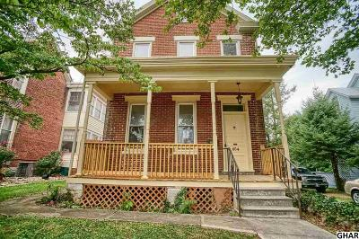 Cumberland County Single Family Home For Sale: 654 N Hanover St