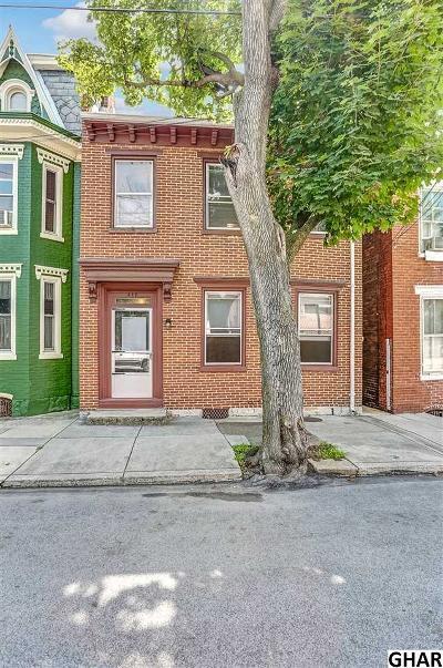 Carlisle Single Family Home For Sale: 217 N Bedford Street